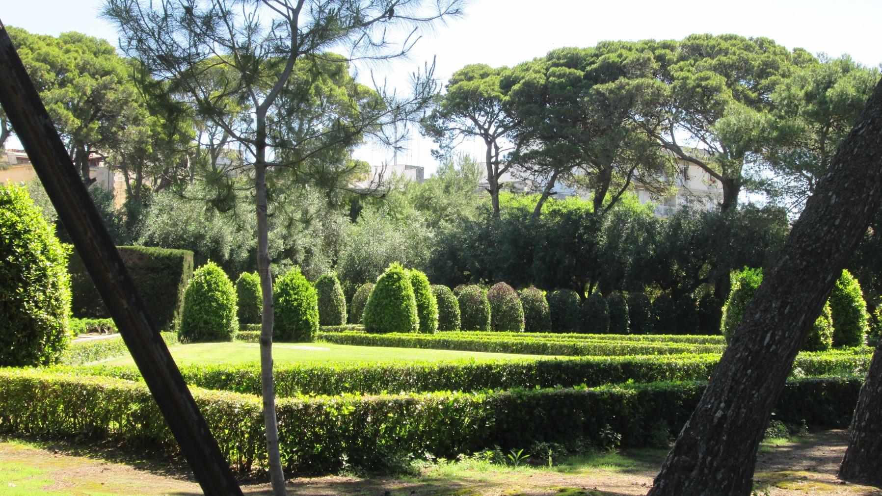 Villa-Reale_Carelli1